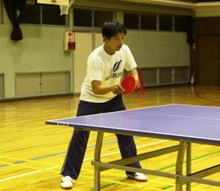 卓球コーチ